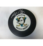 (Signed Niedermayer, Rob (Anaheim Mighty Ducks) Anaheim Mighty Ducks Hockey Puck)