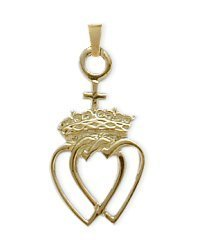 10 Karat Yellow Gold Celtic Crowned Heart Pendant with 18