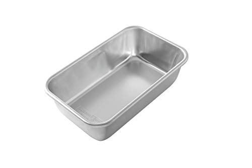 Nordic Ware Natural Aluminum Commercial Loaf Pan, 1.5 Pound (Commercial Loaf Pan)