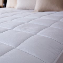 Sunbeam All Season Premium Queen Heated Mattress Pad with Two Heating Digital Controllers Renewed 250 Thread Count 100/% Cotton