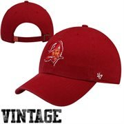 (NFL Tampa Bay Buccaneers '47 Brand Clean Up Adjustable Hat (1976 Logo), Red, One Size)