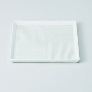 Japanese Porcelain Hasami Ware Set of 3 ichimatsu hakuji 13.5cm Plates hsm-J06-12832