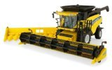 ERTL New Holland Combine, 1:32 Scale from ERTL