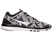 NIKE WMNS FREE 5.0 TR FIT 4 PRT TRAINERS BLACK METALLIC SILVER WHITE 629832 017 by Nike (Image #1)