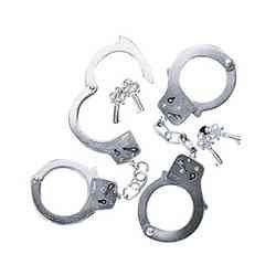 Fun Express Metal Double Lock Handcuffs with Keys (1 Piece) (Lock And Key Costume)