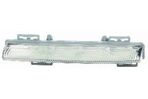 Mercedes Benz C Class Sedan C250.C300.C350 / Coupe C250.C350 12-14 Daytime Running Light Assembly LED RH USA Passenger Side CAPA