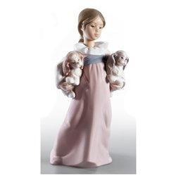 Lladro Arms Full Of Love ()