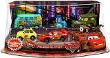 Disney / Pixar CARS Movie Exclusive PVC Figurine Playset Lightning McQueen Pit Crew Includes Luigi, Guido, McQueen, Mater, Sarge Filmore - Exclusive Disney Pixar Cars