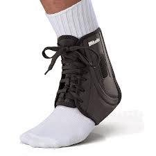Mueller Soccer Ankle Brace, Fits either foot, Used by national soccer teams...