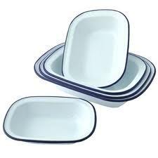Falcon Enamel Bakeware Set of 6 Oblong Pie Dishes - 2 x 18cm, 2 x 20cm, 2 x 24cm, by Falcon (Pie Dish Oblong)