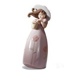 Lladr? Little Rose Figurine by Lladro USA