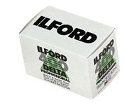 Ilford 1748192 Delta Pro 400 Fast Fine Grain Black and White Film, ISO 400, 35mm, 36 Exposures (3 Pack)