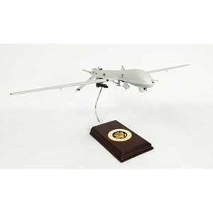 Mastercraft Collection General Atomics MQ-1 Predator Drone United States Air Force (USAF) CIA Hellfire Missiles Model Scale: 1/32](Scale Model Wood)