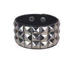 Wristband Pyramid (3 Row Metal Pyramid Studded Wristband)