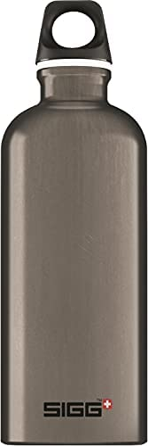 SIGG Aluminum Traveller Water Bottle (0.6 L), Smoked Pearl, Lightweight Reusable Water Bottles, Easy-Carry Lea