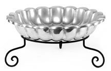 Cheffield CHA081+FF113 Round Scalloped Bowl with Iron Stand, 4 quart Capacity, X-Large by Cheffield