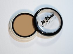 concealer-dermaceal-red-away-from-joe-blasco-concealer-dermaceal-red-away