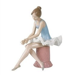Nao by Lladro Collectible Porcelain Figurine: SITTING BALLET DANCER - 8 3/4'' tall - Ballerina by Nao Porcelain