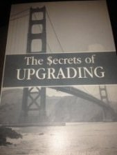 The Secrets of UPGRADING: Questions and answers from more than 35 years of successful mutual fund investing with NoLoad FundX