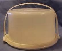 Vintage Cake Carrier (Vintage Round Tupperware Cake Server Carrier White Base with Carrying Handle)