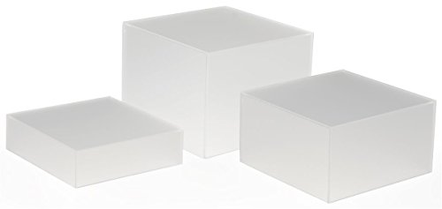 Displays2go Stacking Display Cubes Nesting with 1 Large, 1 Medium, 1 Small Stand (Set of 3), Frosted White