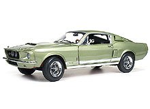 Autoworld AMM993 1967 Ford Shelby Mustang GT500 GT 500 Light Green Limited to 1500pc 1/18 Diecast Model Car ()