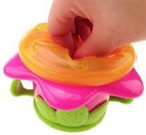 Snack sans BPA Fleur enfant Snack Keeper /à partir de Nuby Convient /à partir 12/m
