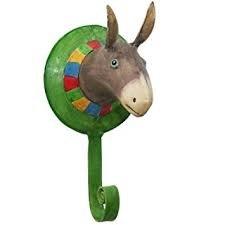 Pape Kunstgewerbe Wand-Haken Kinderzimmer-Garderobe Troph/äe Pferd aus Metall handbemalt mit 3 Kleider-Haken 22 x 18 cm