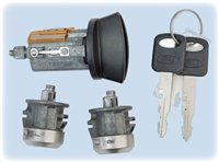 Strattec 7012802 Ford Ignition/2 Door Locks Set (Coded with keys)