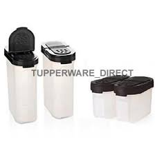 (TP-540-T128 Tupperware Modular Spice Shakers Set of 4)