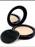 Mac Studio Careblend Pressed Powder Light Plus 10g