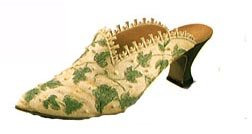 Willitts Raine 1999 Just The Right Shoe Club Shoes The Wave # 25060 & Touch Of Lace # 25061