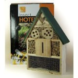 INSECT HOTEL. 320186D (5035960142335). SEND 5