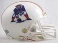 1982 Throwback Replica Mini Helmet - NFL Riddell New England Patriots 1982-1989 Retro Mini Helmet - White