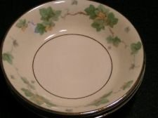 Vintage Antique Pope Gosser AMERICAN IVY Fruit / dessert sauce bowl