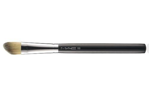 MAC 193 Angled Foundation - Mac Brushes 217