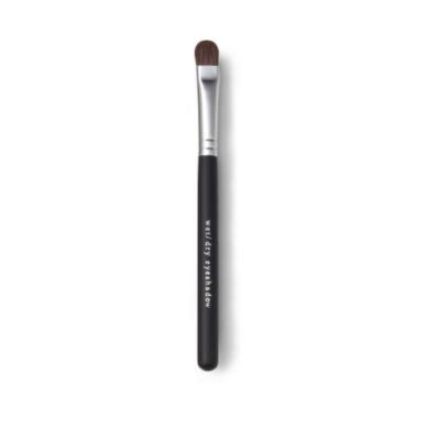 Wet/Dry Shadow Brush from Bare Escentuals