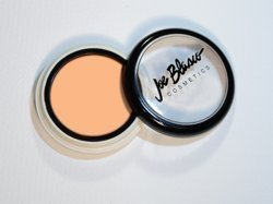 (For light skin) Corrective Highlight Orange from Joe Blasco [Corrective Highlight Orange Highlight 1]