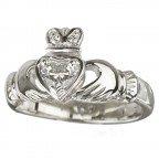 Claddagh Ring 18K White Gold & Diamond Sz 5