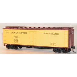 Accurail 48022 HO Scale Kit 40 FT Wood Refrigerator Cars Fruit Growers Express