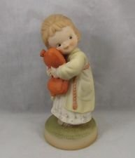 """Memories of Yesterday """"We All Loves A Cuddle"""" Girl with Hot Water Bottle Figurine 1990"""