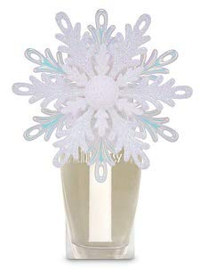 Bath and Body Works Shimmery Snowflake Nightlight Wallflowers Fragrance Plug.