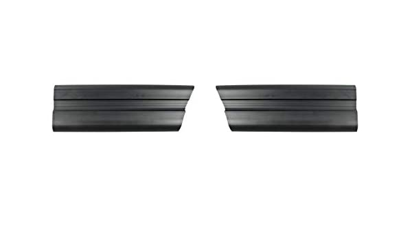 Pair LH /& RH 1979-1984 Ford Mustang Front of Fender Trim Moldings Black