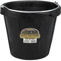 LITTLE GIANT RUBBER BUCKET WITH POURING LIP - 18 QUART