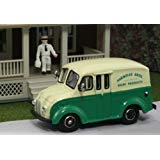 - HO Divco 1950 Delivery Truck: Parmelee Bros. Dairy Products w/Milkman