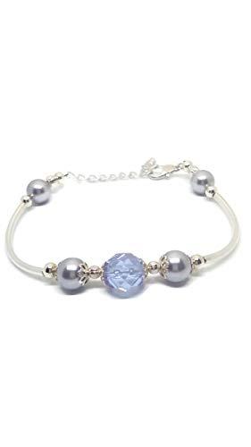 (Adjustable bracelet with lavender Swarovski pearls and Czech fire polished crystal.)