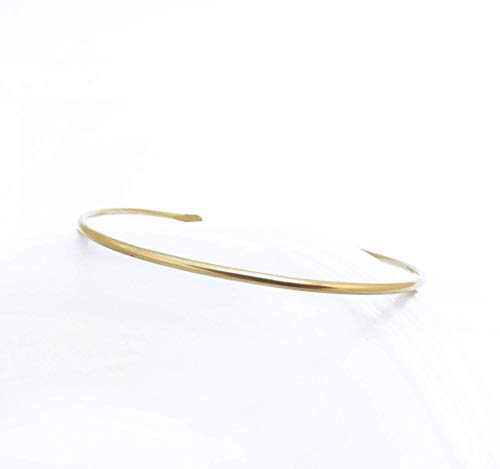 (Delicate Smooth 14K Gold Filled Cuff Bangle Bracelet 6 inches Size M )