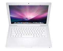 Apple 13-Inch MacBook T7200 2.0 GHz Intel Core 2 Duo Processor, White / Personal Computers