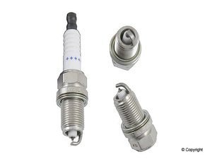 6 PCS *NEW* -- DENSO #4504 PLATINUM T T Spark Plugs -- PK20TT