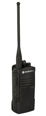 6 Pack of Motorola RDU4100 Two Way Radio Walkie Talkies with Speaker Mics and 6-Bank Charger